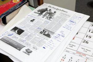 La Une du New York Times a évolué au fil des décennies pour intégrer les dernières innovations possibles: photo, couleur, infographies