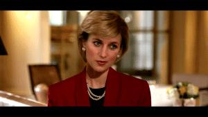 Capture d'écran d'Hotel du Temps avec un deepfake de Lady Di